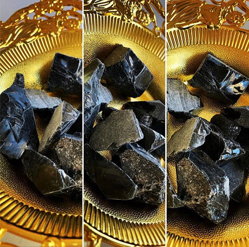 Raw Obsidian Stones